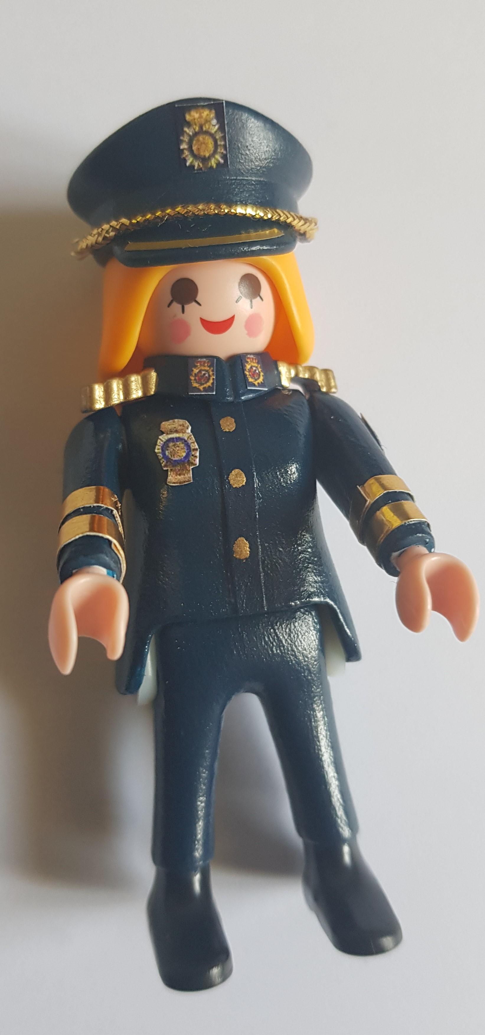 Policia Nacional ella pantalón